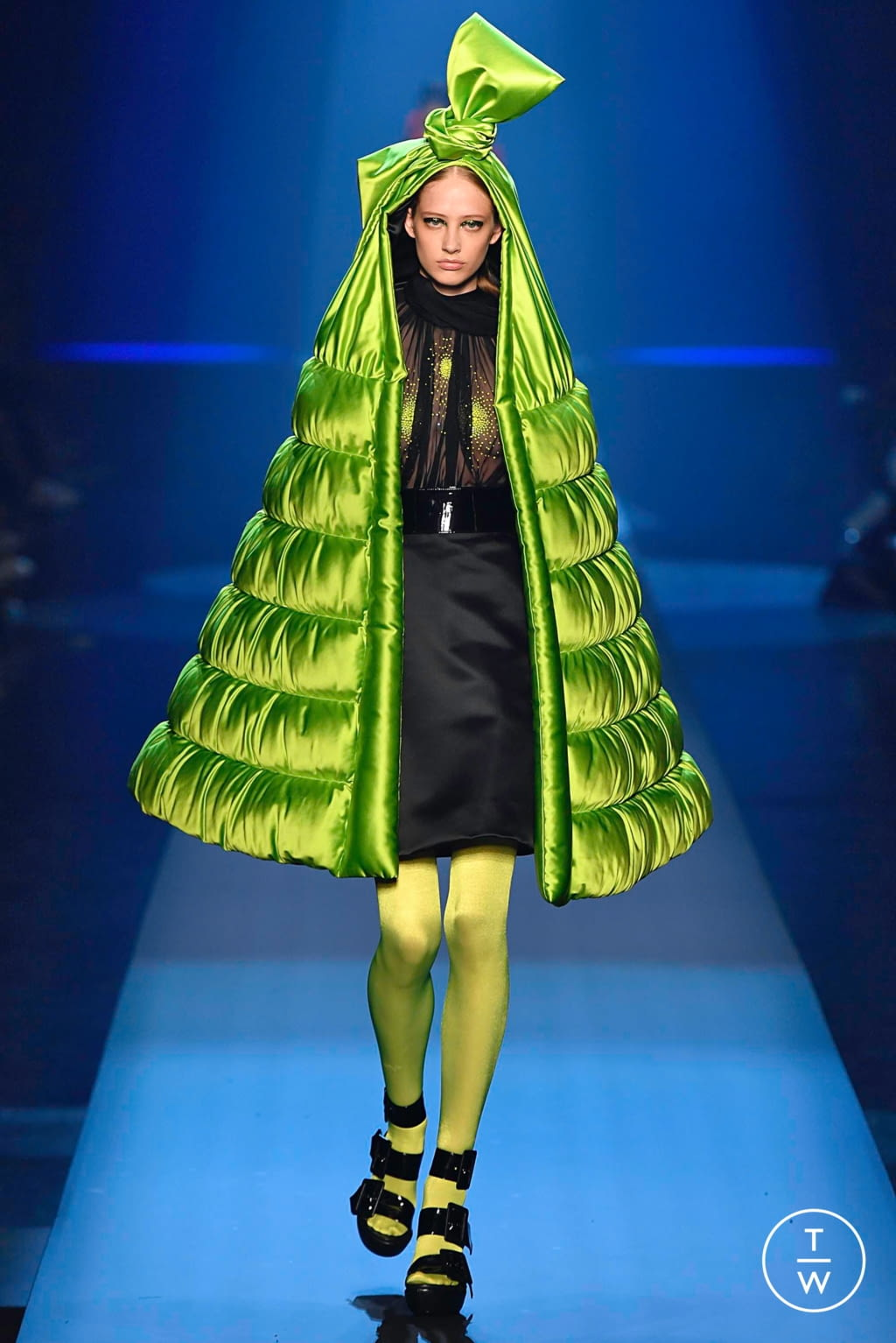 Fashion Week Paris Fall/Winter 2019 look 30 from the Jean Paul Gaultier collection couture