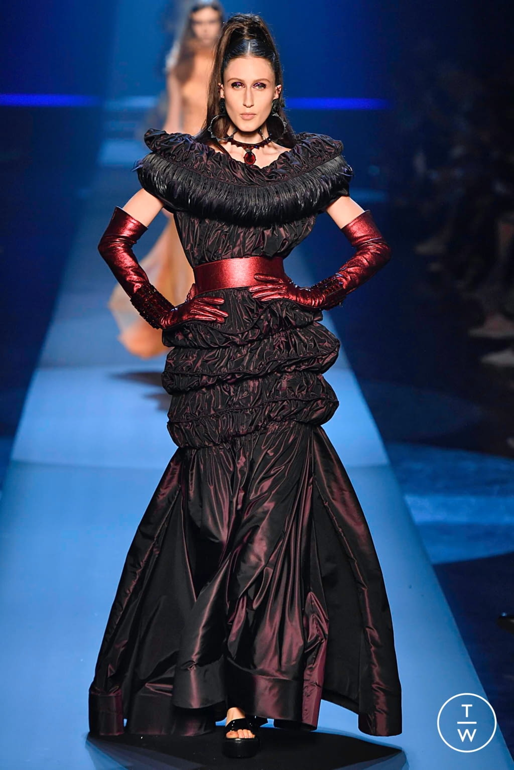 Fashion Week Paris Fall/Winter 2019 look 49 from the Jean Paul Gaultier collection couture