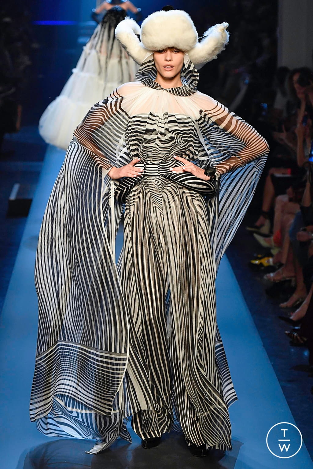 Fashion Week Paris Fall/Winter 2019 look 53 from the Jean Paul Gaultier collection couture