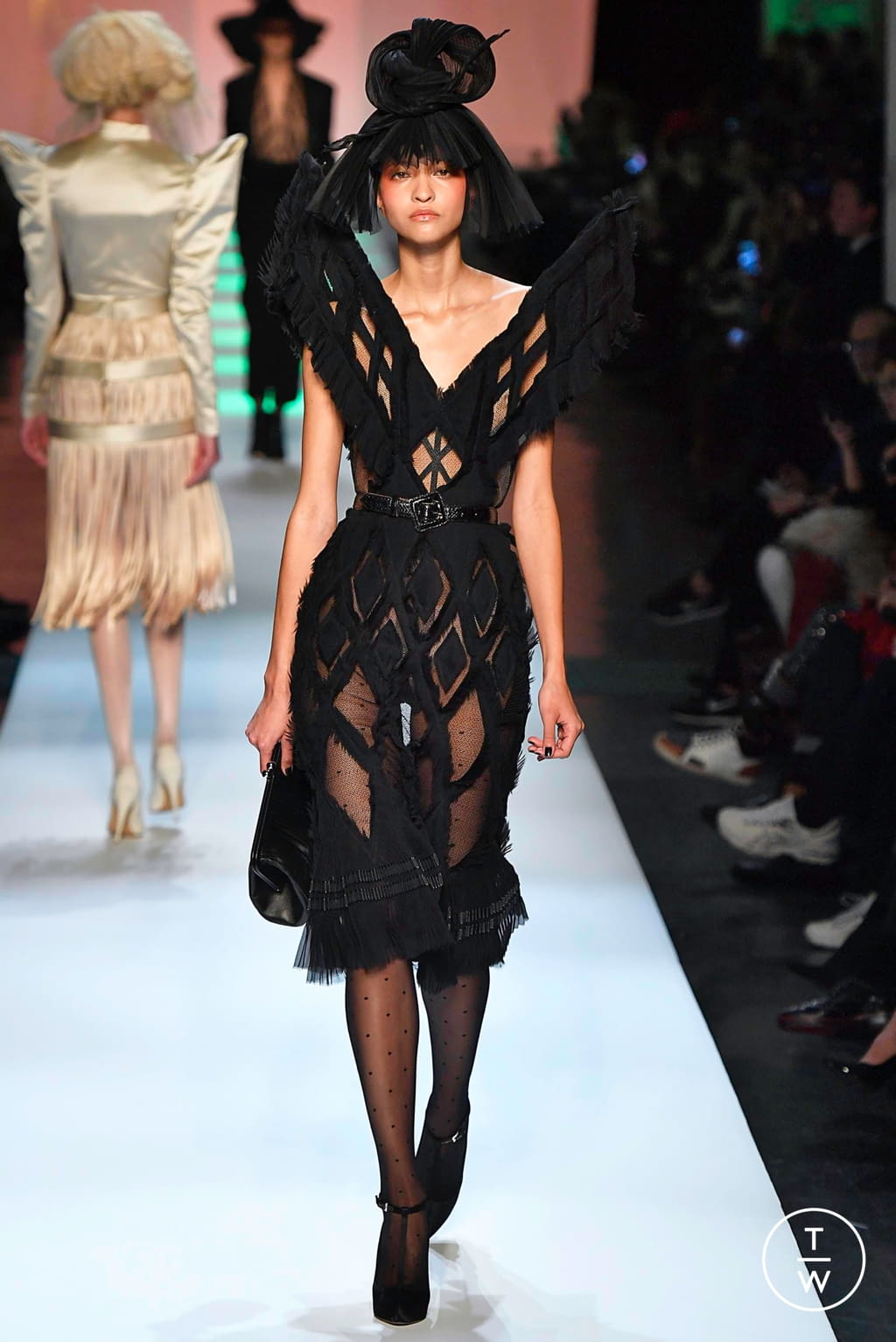 Fashion Week Paris Spring/Summer 2019 look 28 from the Jean Paul Gaultier collection 高级定制