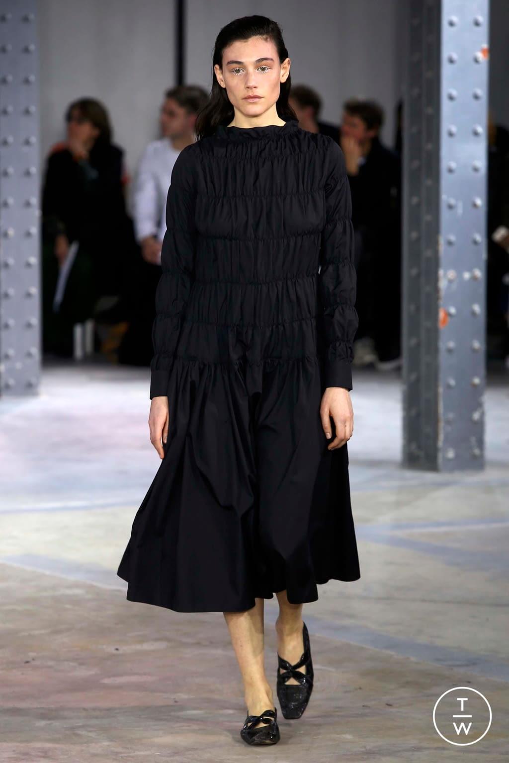 Fashion Week Paris Fall/Winter 2018 look 11 de la collection Anaïs Jourden womenswear