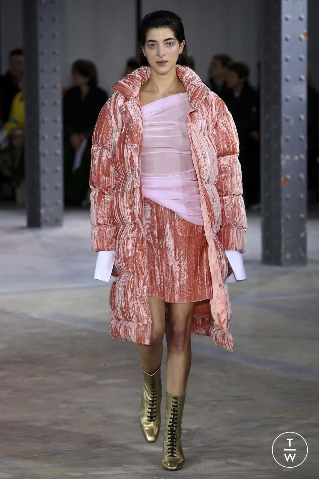 Fashion Week Paris Fall/Winter 2018 look 24 de la collection Anaïs Jourden womenswear