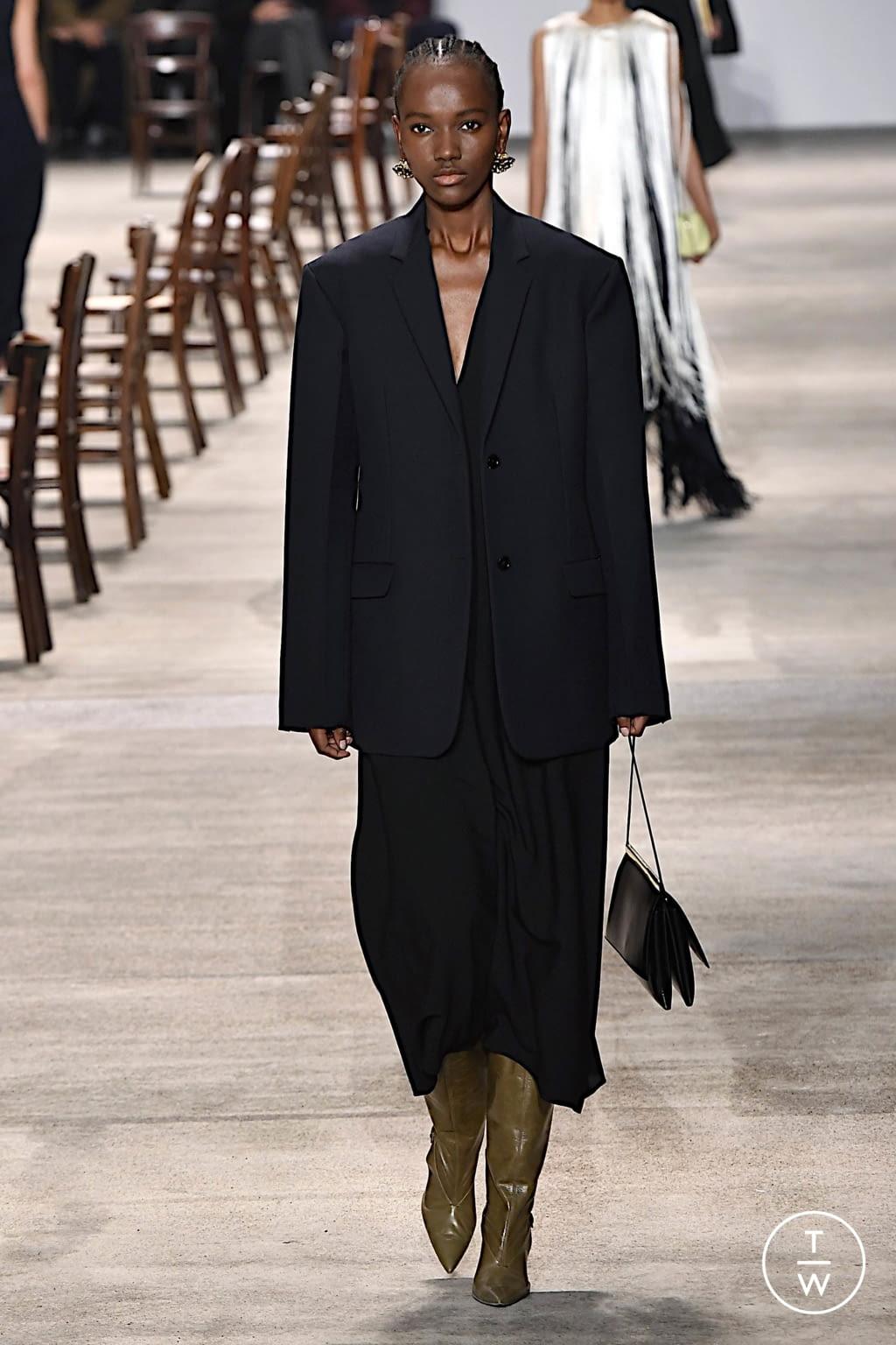 Fashion Week Milan Fall/Winter 2020 look 29 from the Jil Sander collection womenswear