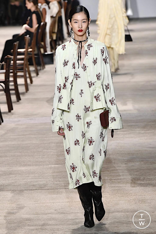 Fashion Week Milan Fall/Winter 2020 look 40 de la collection Jil Sander womenswear