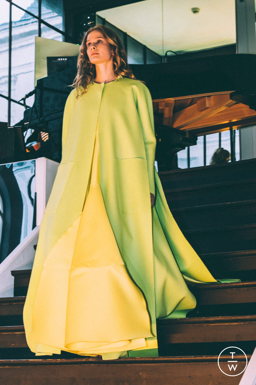 Fashion Week Paris Fall/Winter 2017 look 5 from the Maison Rabih Kayrouz collection couture