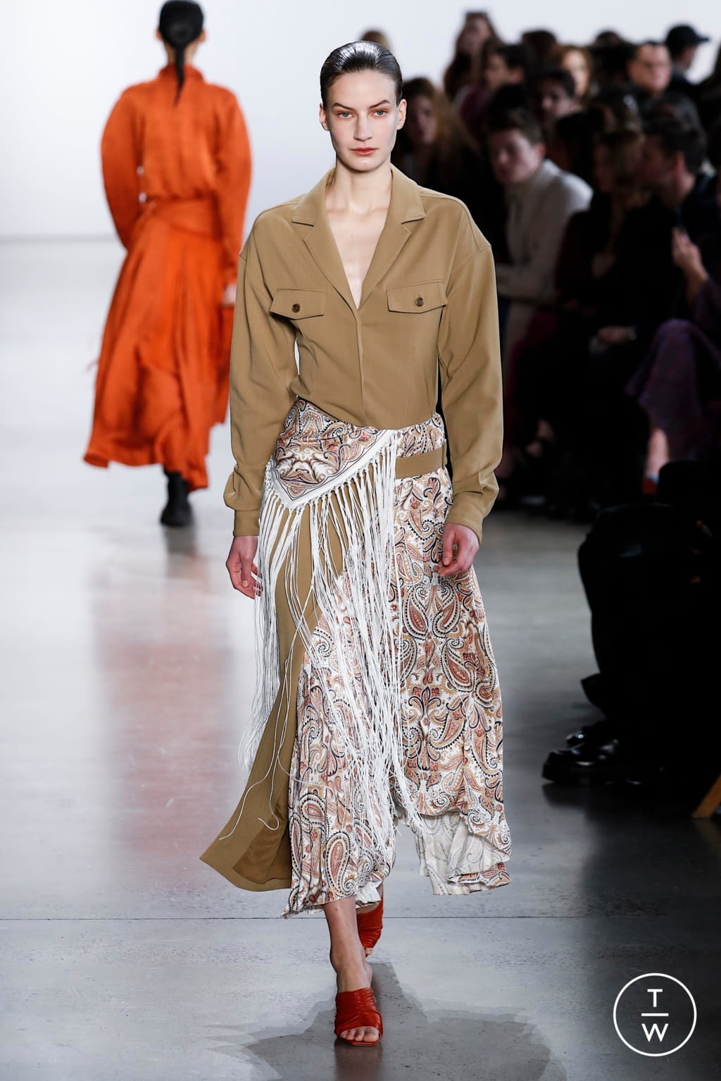 Fashion Week New York Fall/Winter 2020 look 26 from the Jonathan Simkhai collection 女装