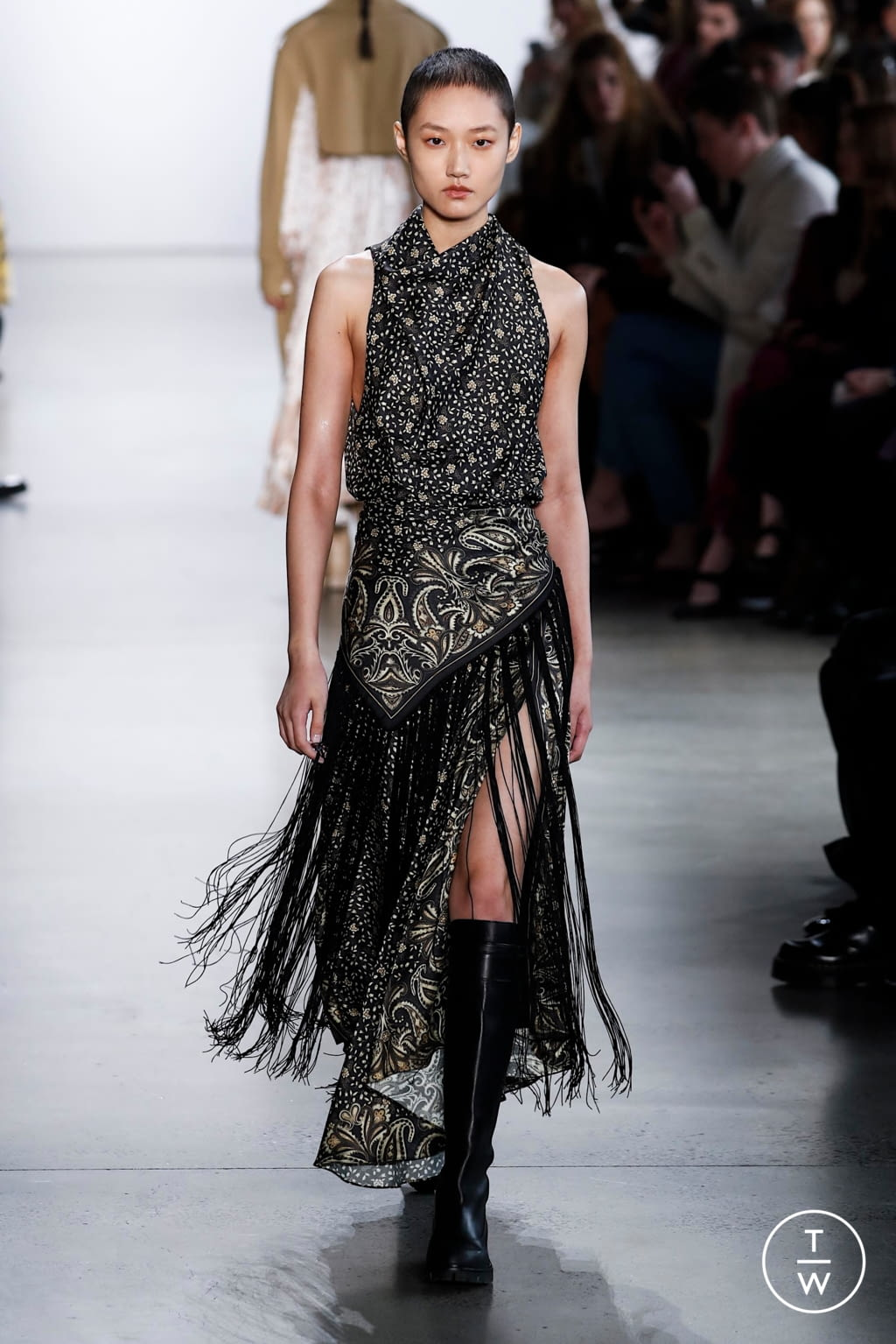 Fashion Week New York Fall/Winter 2020 look 27 from the Jonathan Simkhai collection 女装