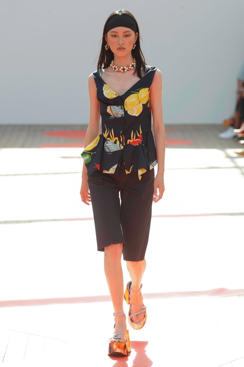 Fashion Week Paris Spring/Summer 2019 look 17 de la collection Jour/Né womenswear
