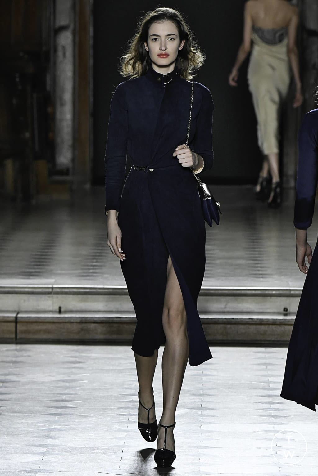 Fashion Week Paris Spring/Summer 2019 look 10 from the Julien Fournié collection couture