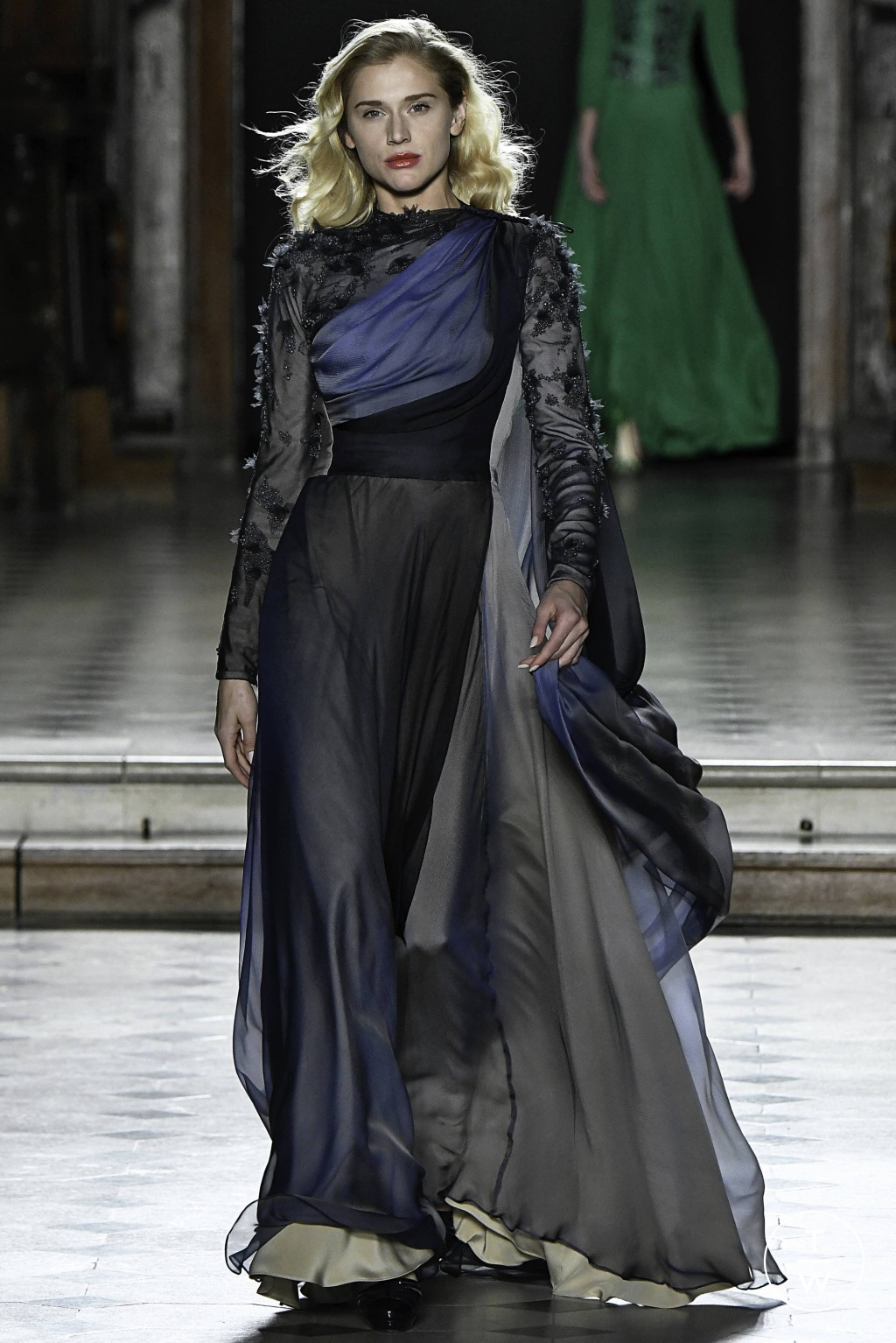 Fashion Week Paris Spring/Summer 2019 look 24 from the Julien Fournié collection couture