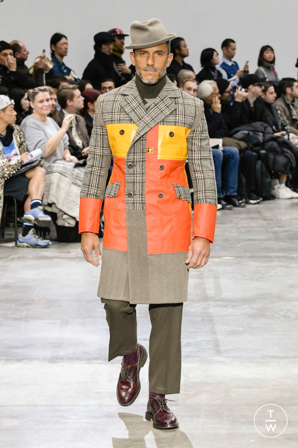 Fashion Week Paris Fall/Winter 2020 look 38 from the Junya Watanabe collection menswear