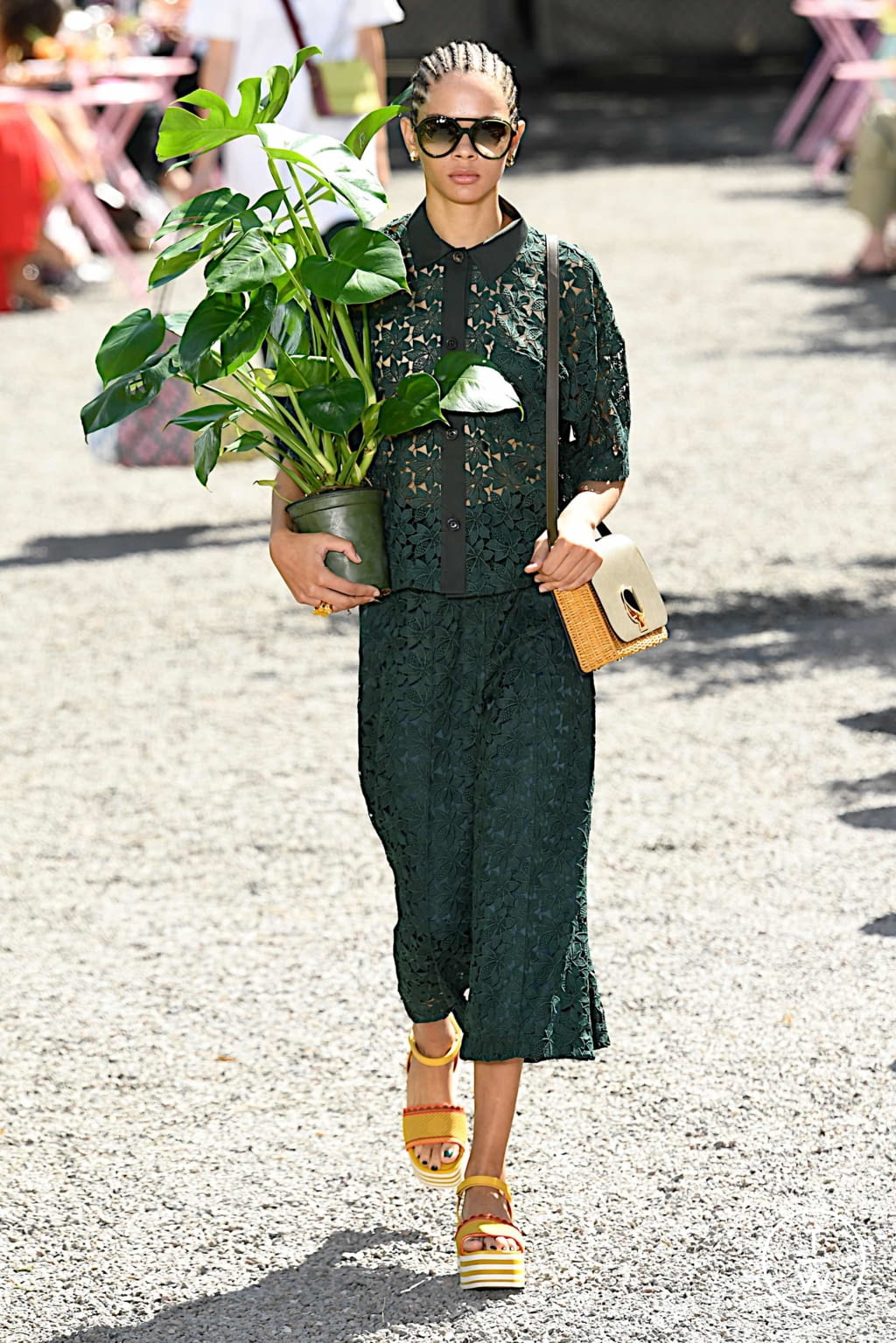 Fashion Week New York Spring/Summer 2020 look 5 from the Kate Spade New York collection womenswear