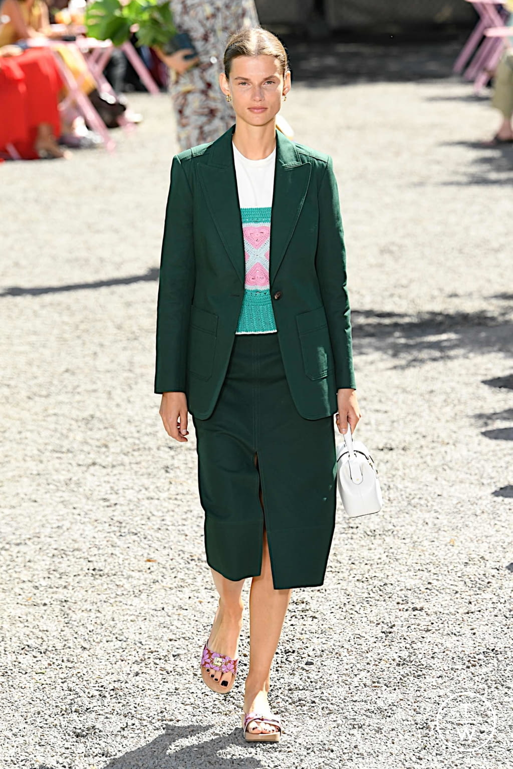 Fashion Week New York Spring/Summer 2020 look 9 from the Kate Spade New York collection womenswear