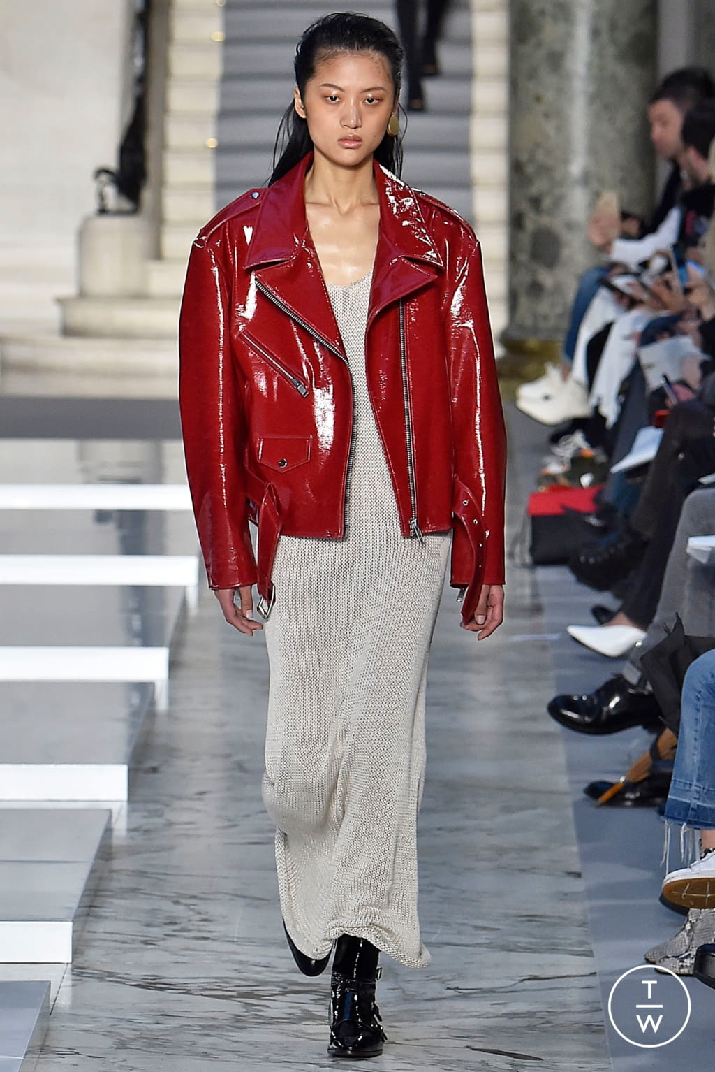 Fashion Week Paris Fall/Winter 2019 look 3 from the Kristina Fidelskaya collection 女装