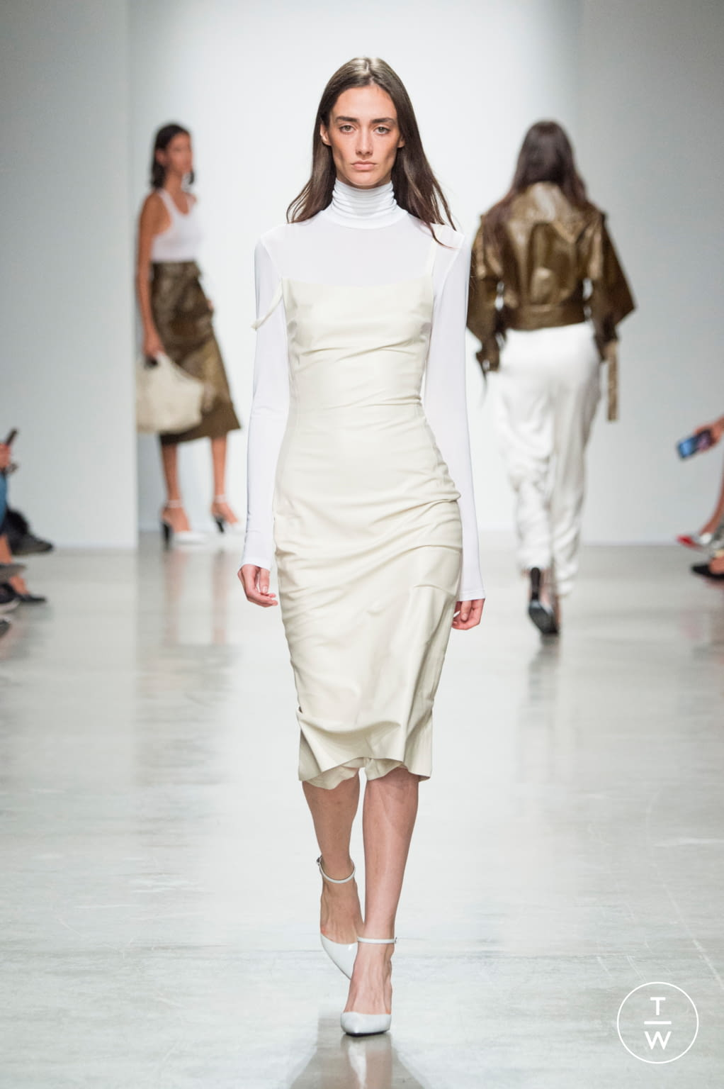 Fashion Week Paris Spring/Summer 2020 look 10 from the Kristina Fidelskaya collection womenswear