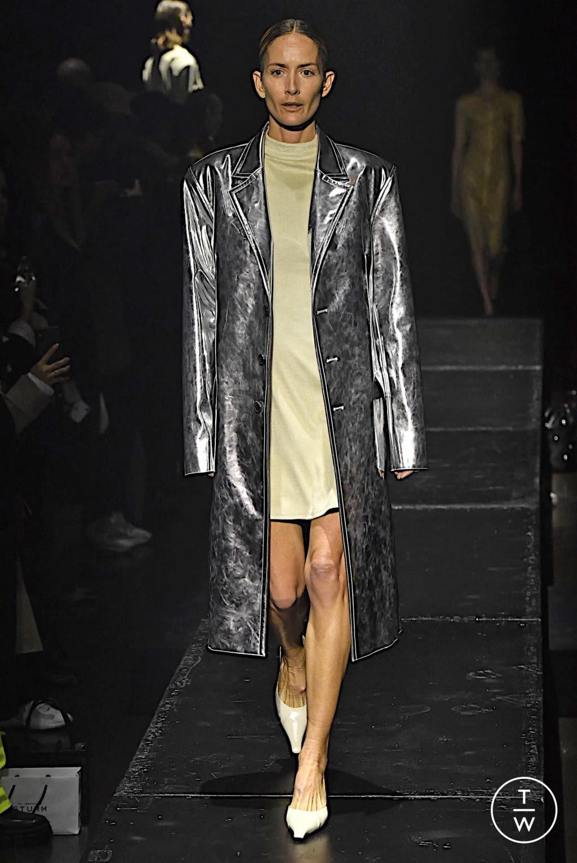 Fashion Week Paris Fall/Winter 2020 look 4 from the KWAIDAN EDITIONS collection womenswear