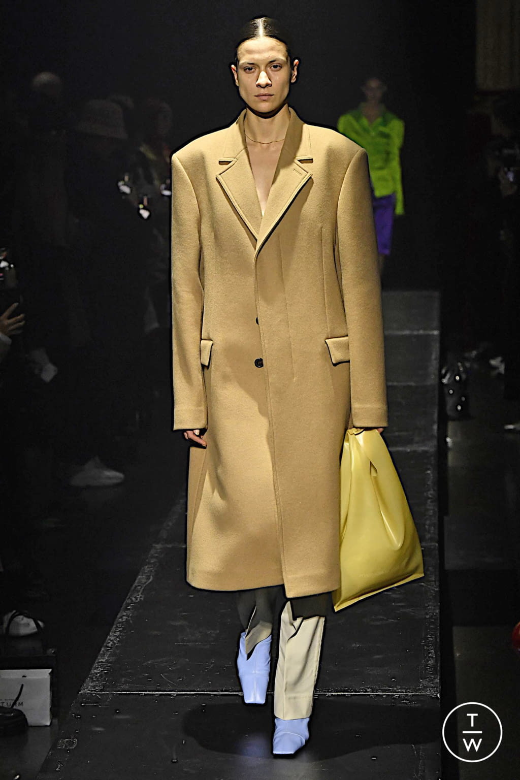 Fashion Week Paris Fall/Winter 2020 look 6 from the KWAIDAN EDITIONS collection womenswear