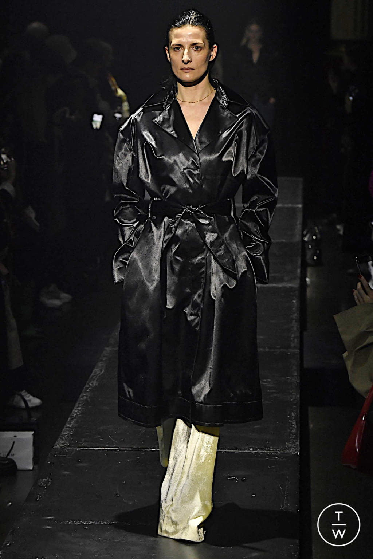 Fashion Week Paris Fall/Winter 2020 look 11 from the KWAIDAN EDITIONS collection womenswear