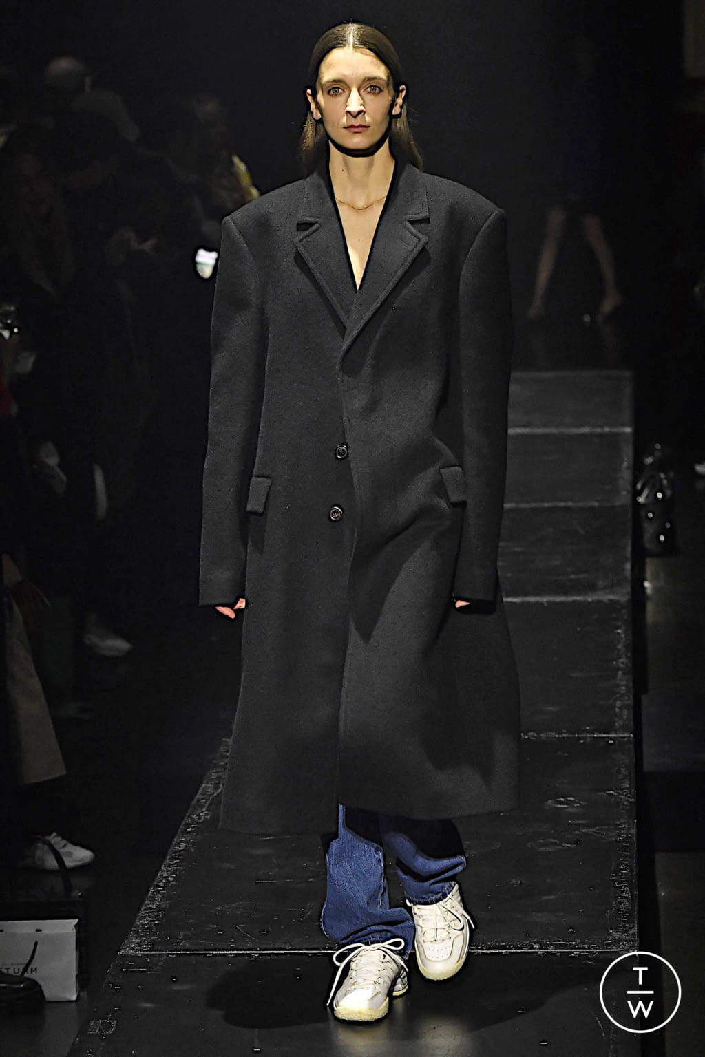 Fashion Week Paris Fall/Winter 2020 look 16 from the KWAIDAN EDITIONS collection womenswear