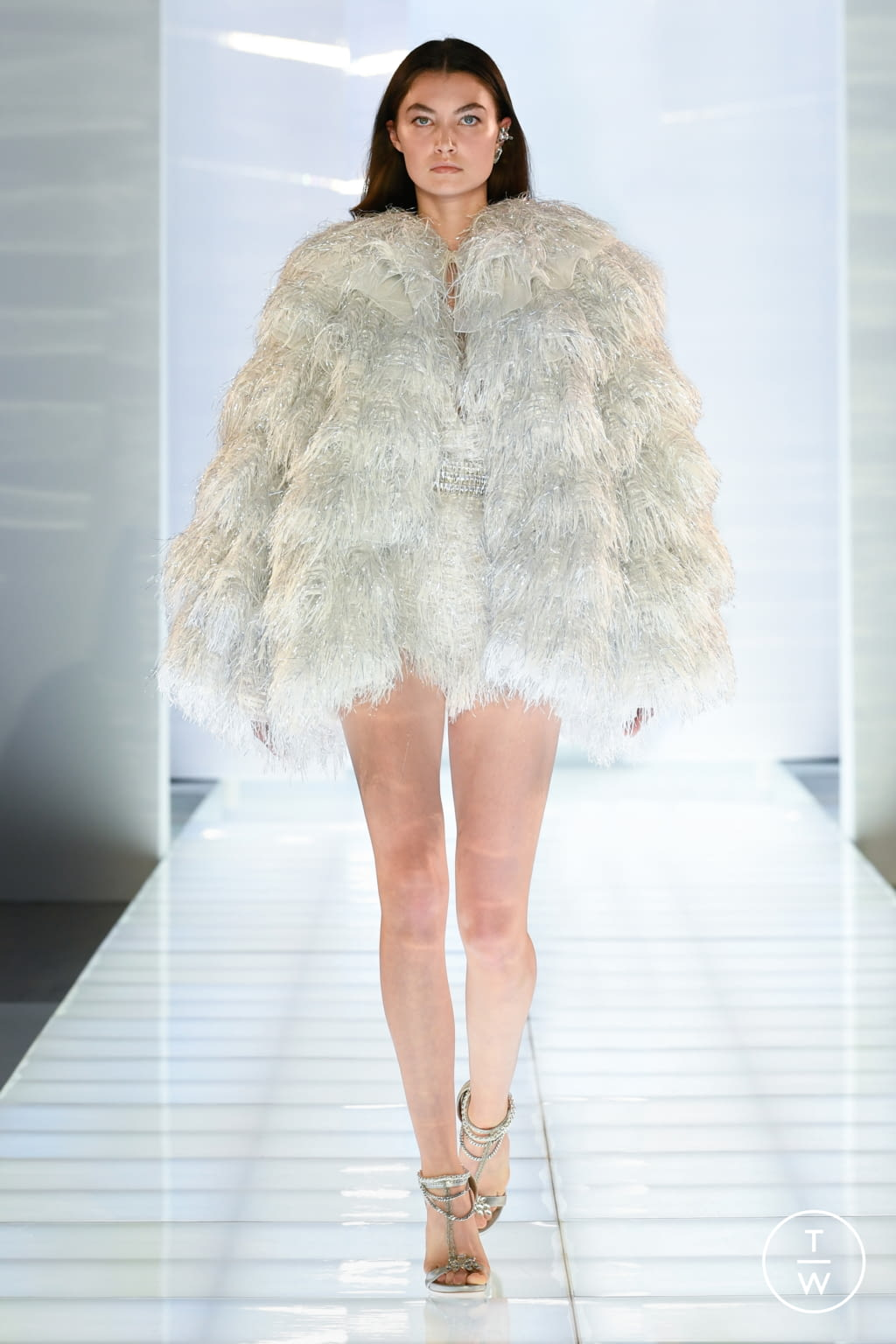 Fashion Week Paris Fall/Winter 2019 look 25 de la collection Azzaro couture