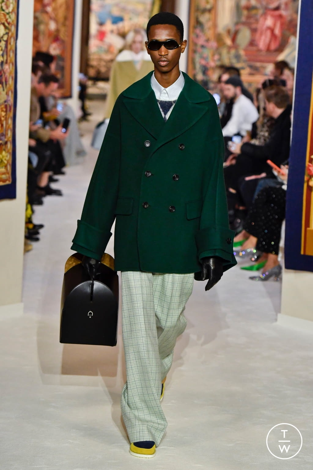 Fashion Week Paris Fall/Winter 2020 look 34 from the Lanvin collection womenswear