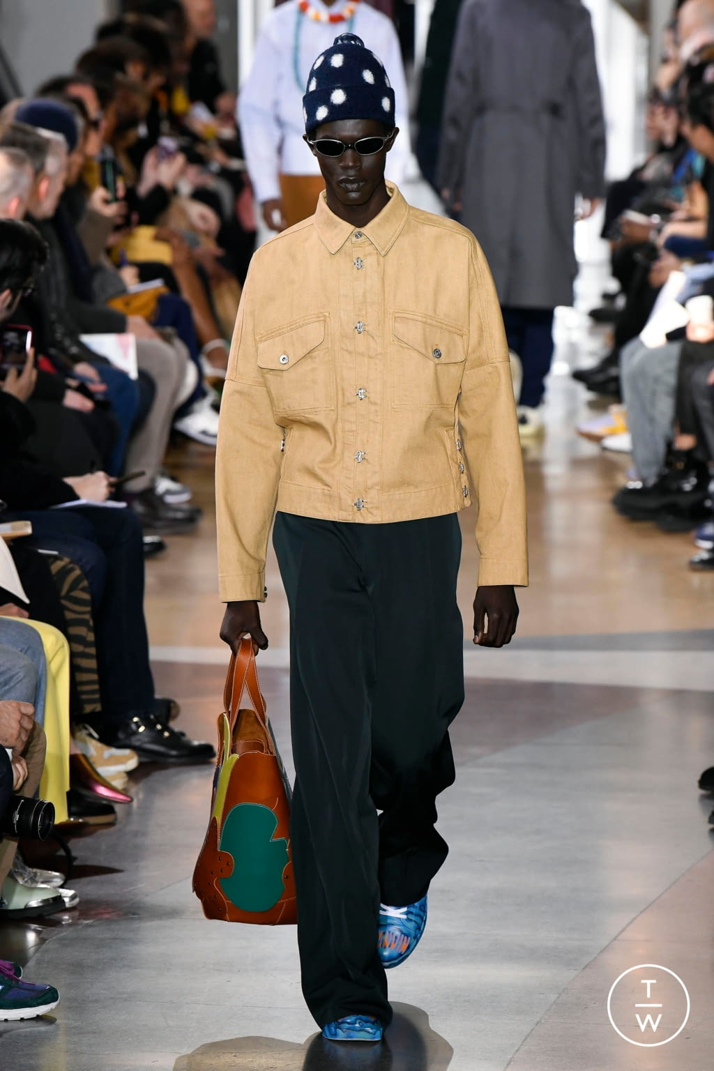 Fashion Week Paris Fall/Winter 2020 look 22 from the Lanvin collection menswear