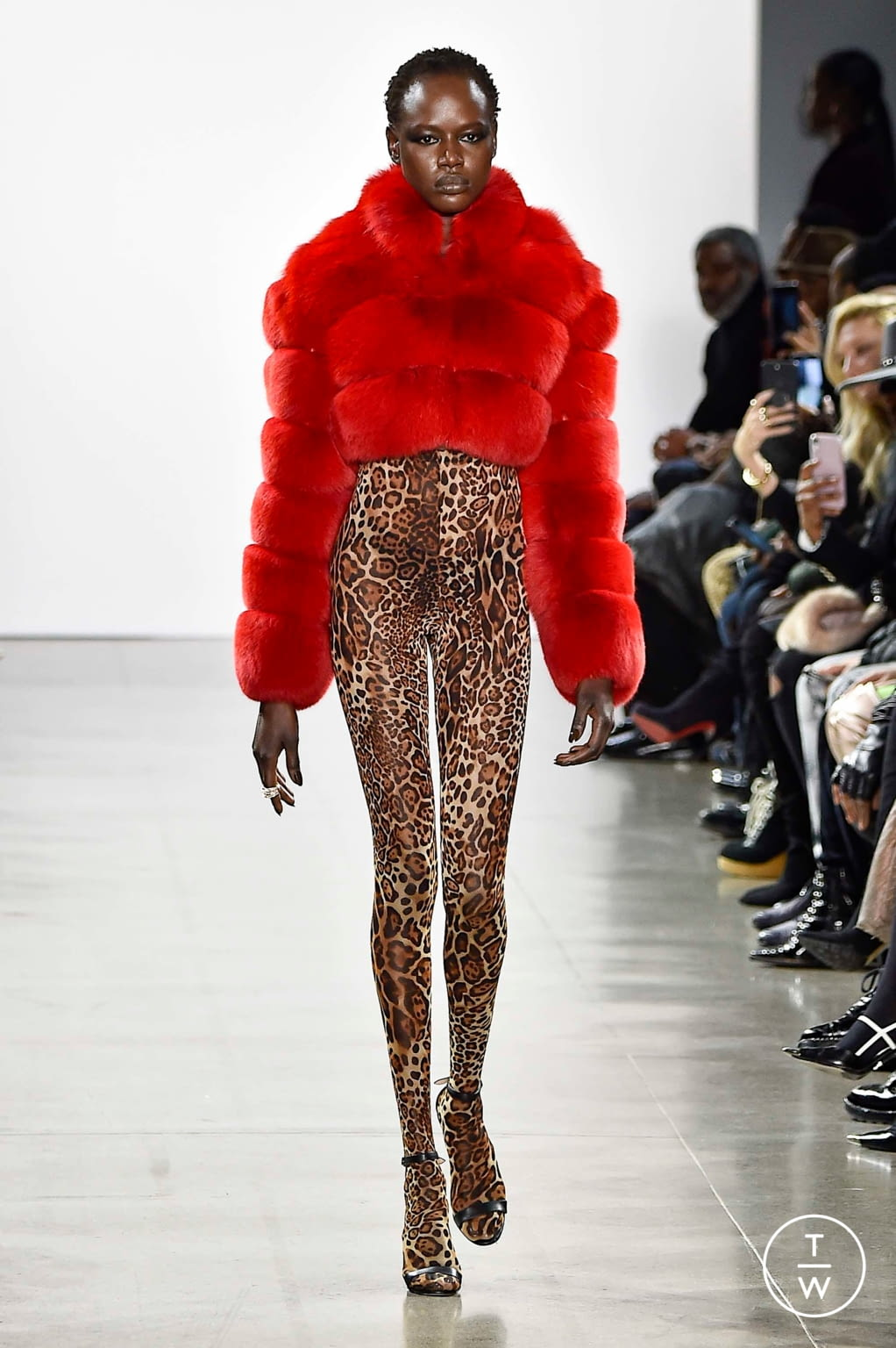 Fashion Week New York Fall/Winter 2019 look 19 de la collection LaQuan Smith womenswear