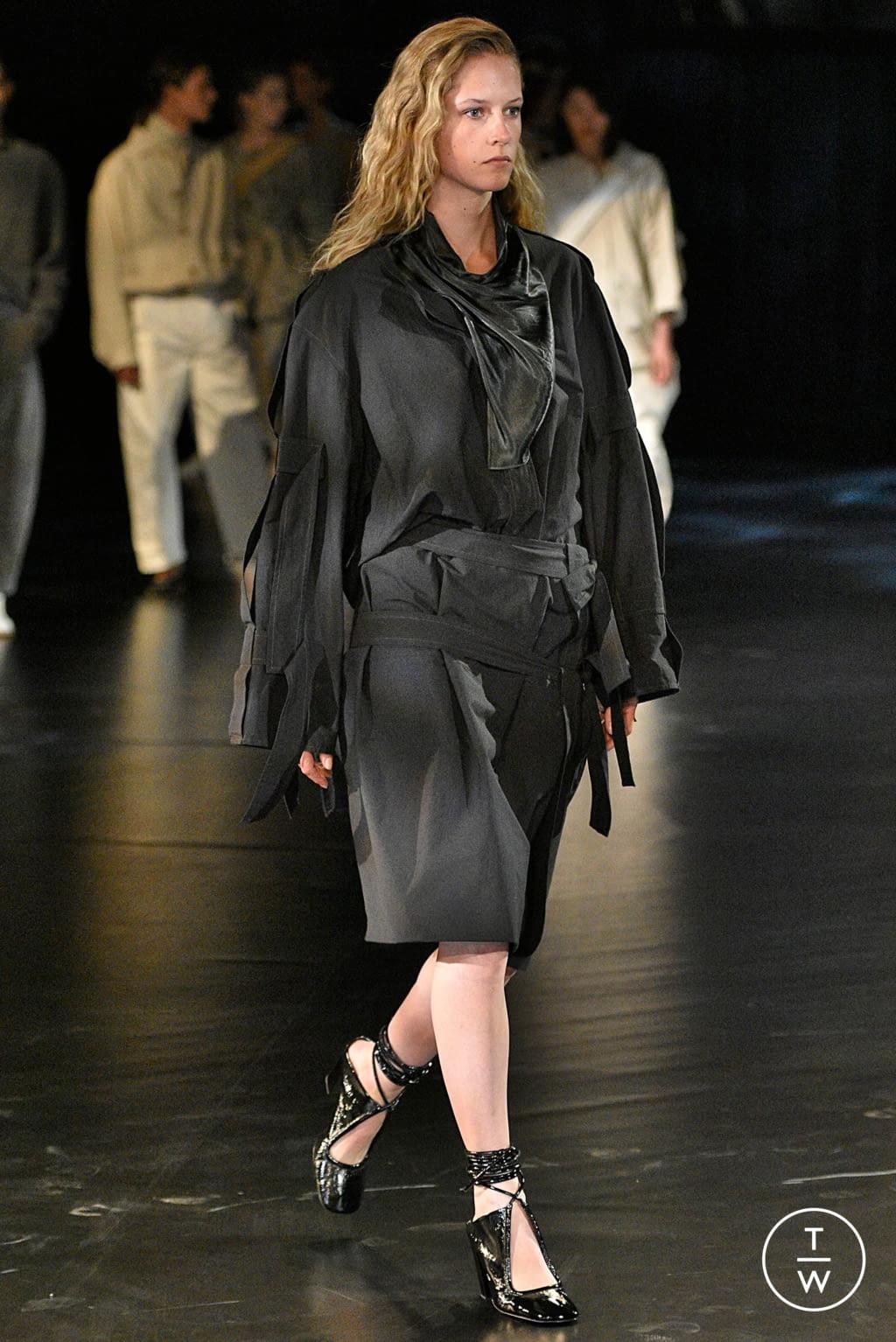 Fashion Week Paris Spring/Summer 2019 look 27 de la collection Lemaire womenswear