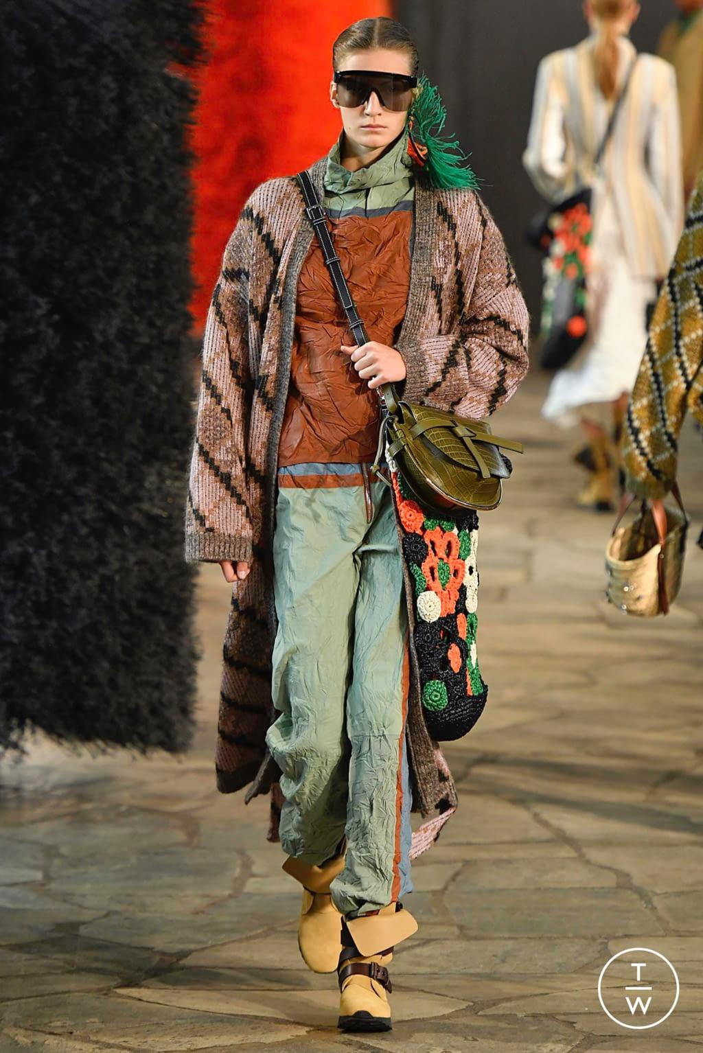 Fashion Week Paris Spring/Summer 2019 look 31 de la collection Loewe womenswear