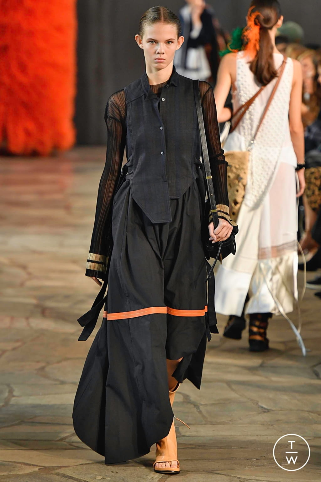 Fashion Week Paris Spring/Summer 2019 look 45 de la collection Loewe womenswear