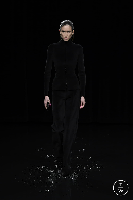 Fashion Week Paris Fall/Winter 2020 look 51 from the Balenciaga collection womenswear