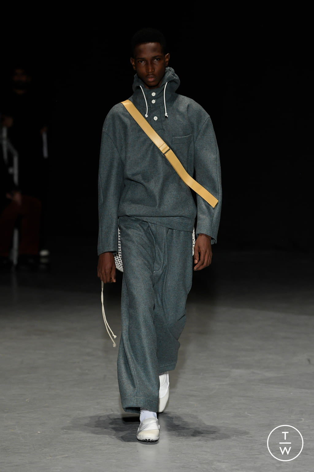 Fashion Week Milan Fall/Winter 2020 look 25 from the Sunnei collection menswear