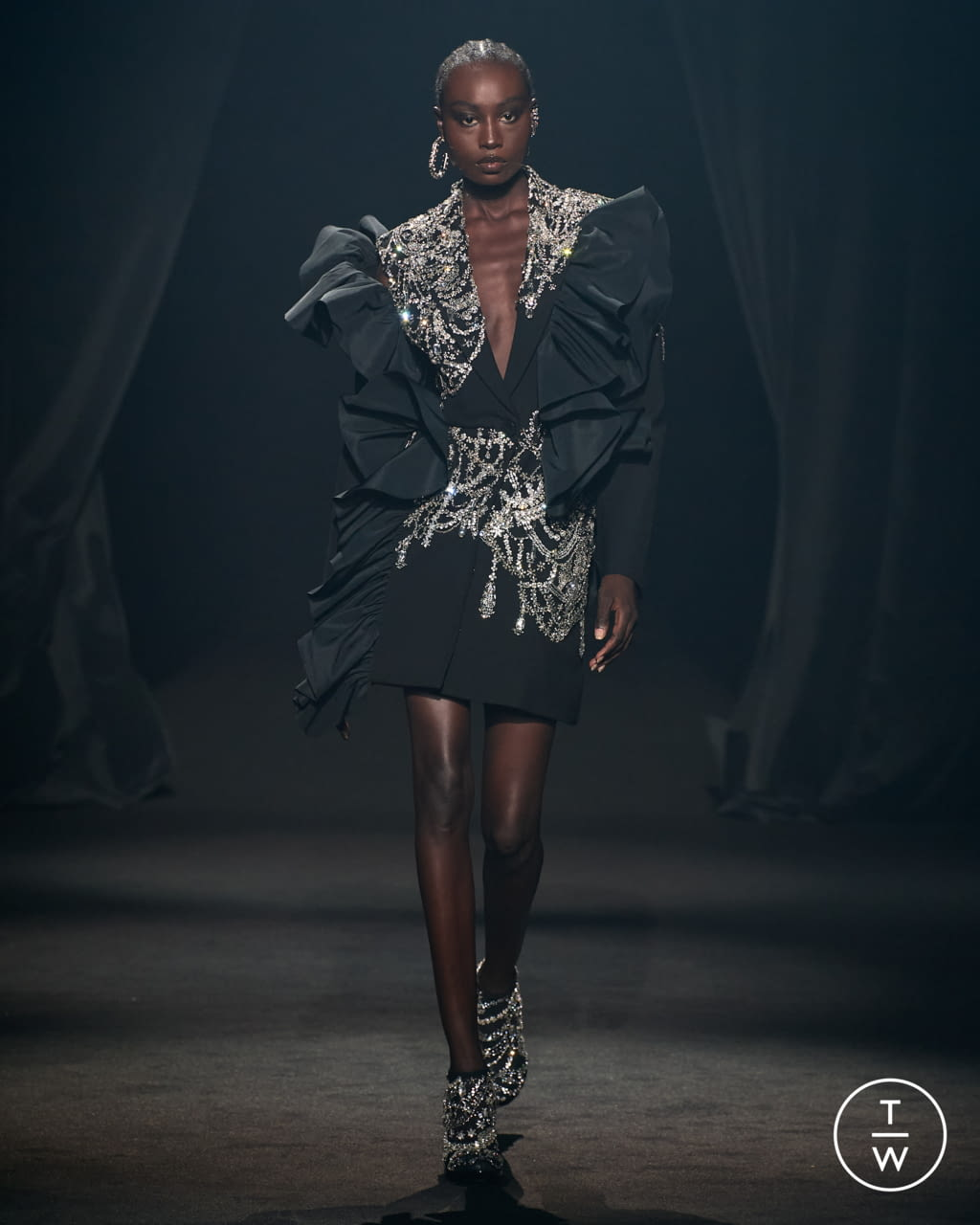 Fashion Week Paris Spring/Summer 2022 look 3 from the AZ Factory collection womenswear