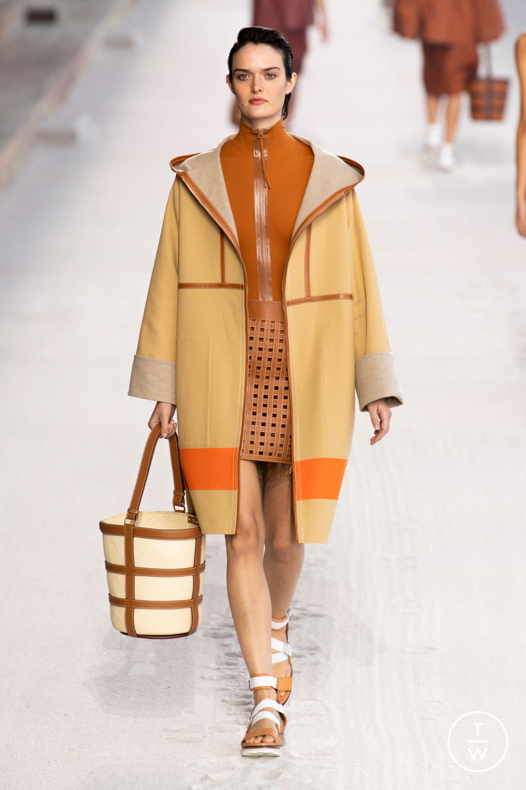 Fashion Week Paris Spring/Summer 2019 look 11 from the Hermès collection 女装