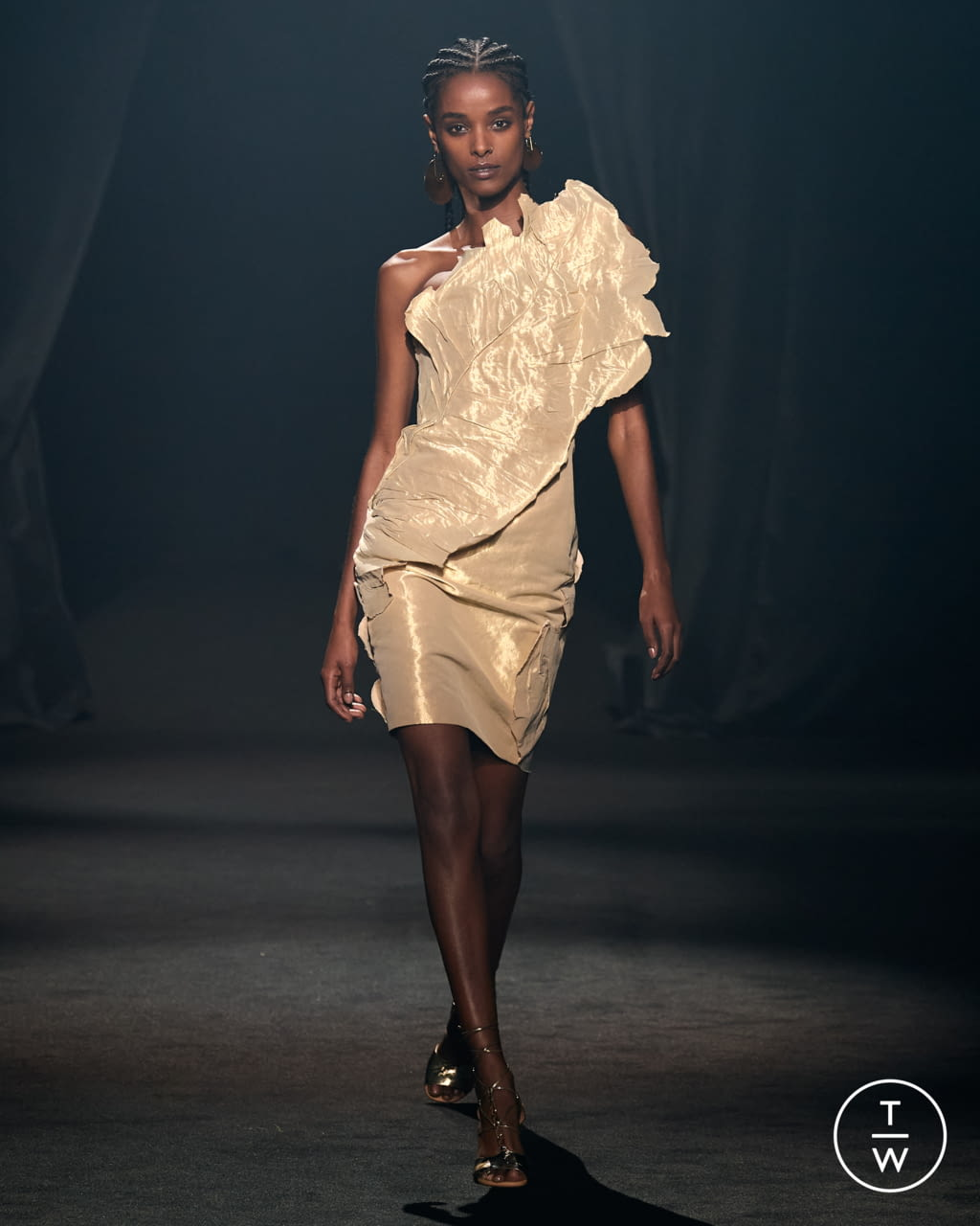 Fashion Week Paris Spring/Summer 2022 look 14 from the AZ Factory collection womenswear