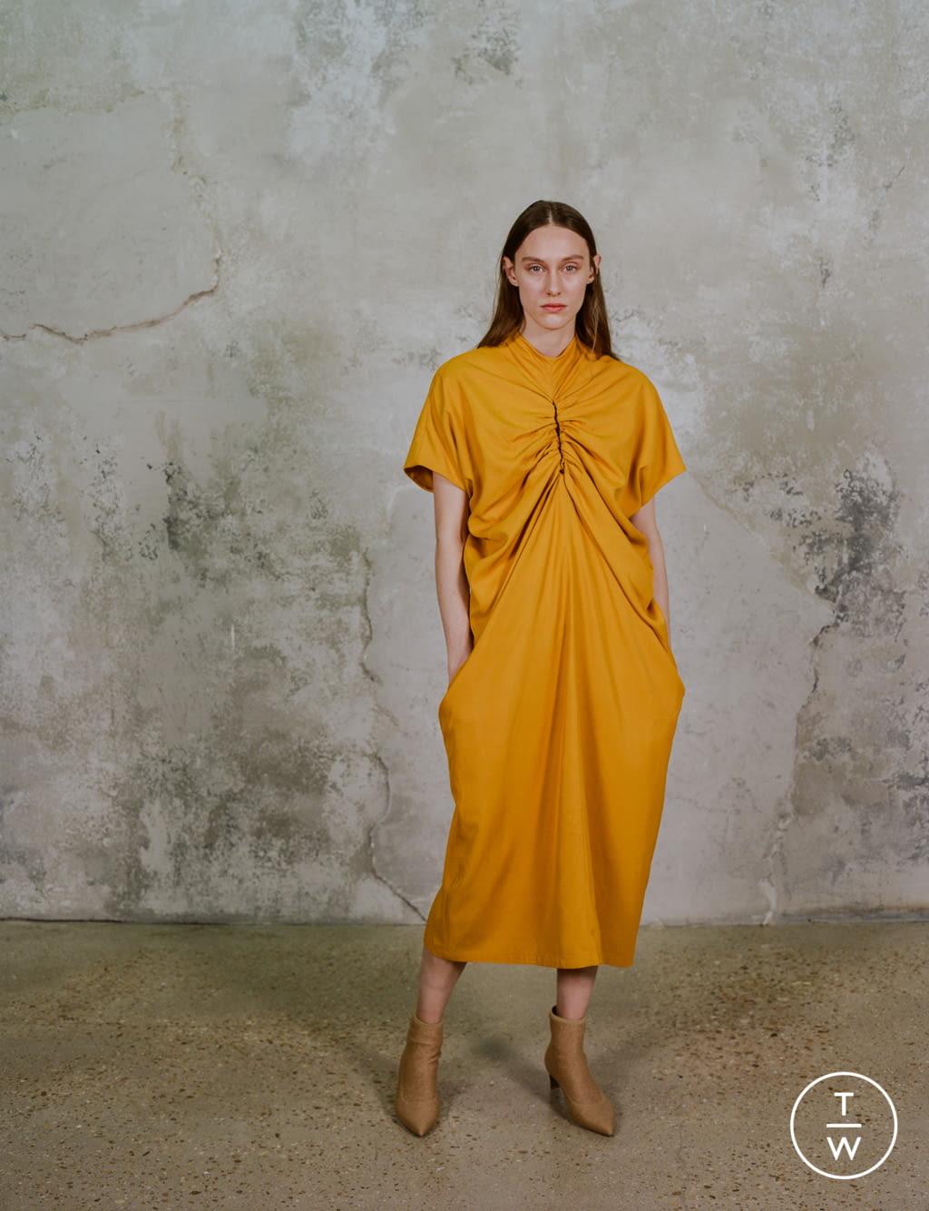 Fashion Week Paris Pre-Fall 2020 look 18 de la collection Dawei womenswear