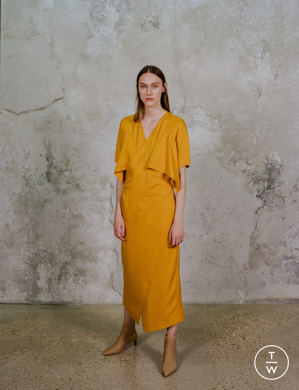 Fashion Week Paris Pre-Fall 2020 look 20 from the Dawei collection womenswear