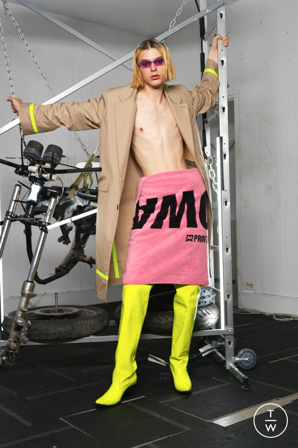 Fashion Week Paris Spring/Summer 2019 look 20 from the Ex Infinitas collection menswear