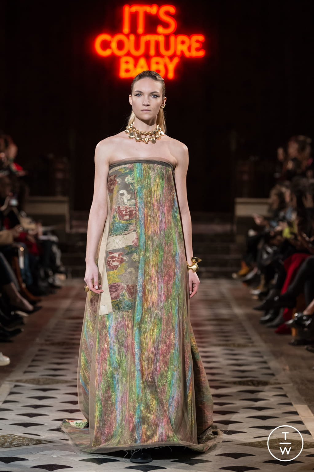 Fashion Week Paris Spring/Summer 2018 look 20 from the Maison Rabih Kayrouz collection couture