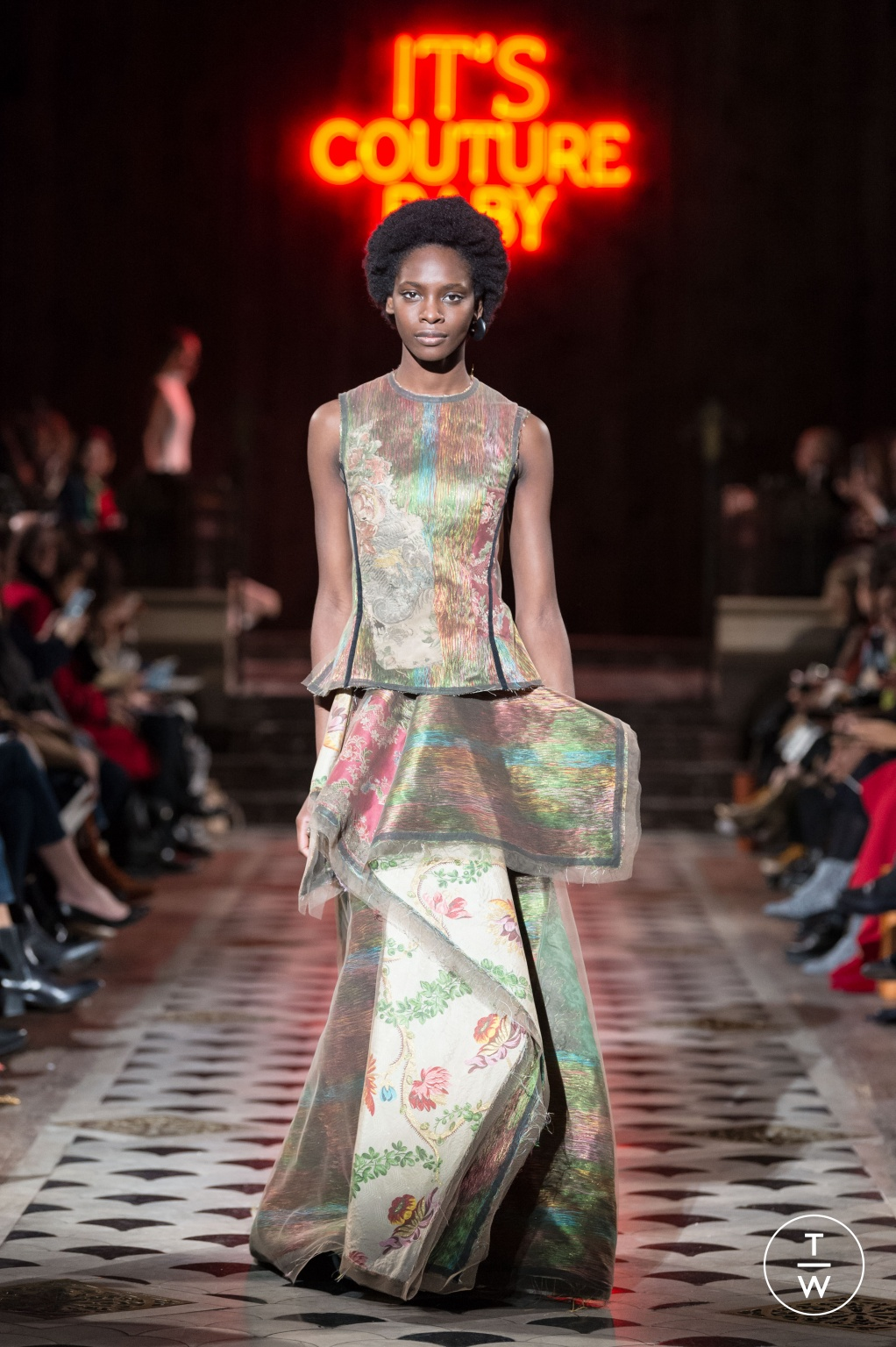 Fashion Week Paris Spring/Summer 2018 look 23 from the Maison Rabih Kayrouz collection couture