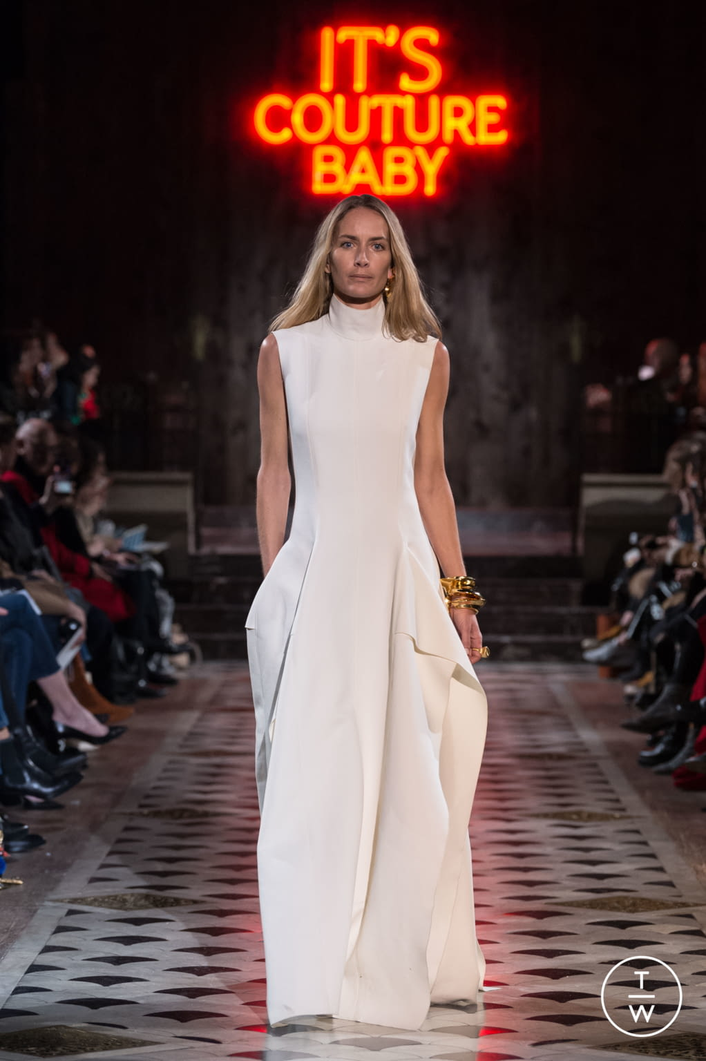 Fashion Week Paris Spring/Summer 2018 look 24 from the Maison Rabih Kayrouz collection couture