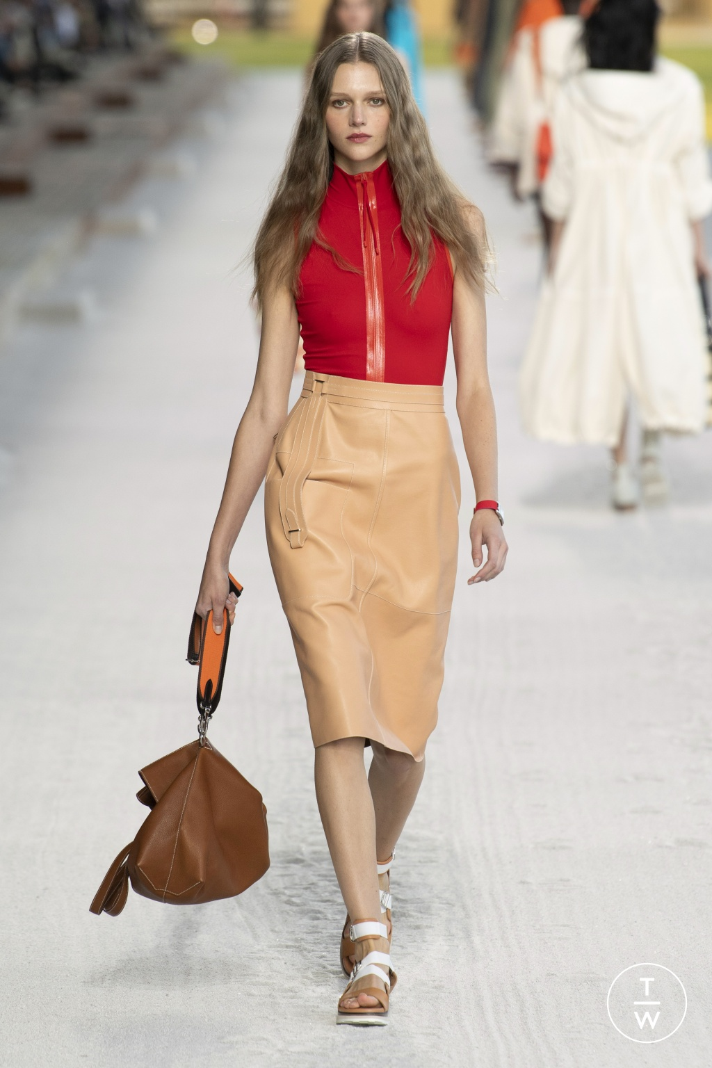 Fashion Week Paris Spring/Summer 2019 look 30 from the Hermès collection womenswear