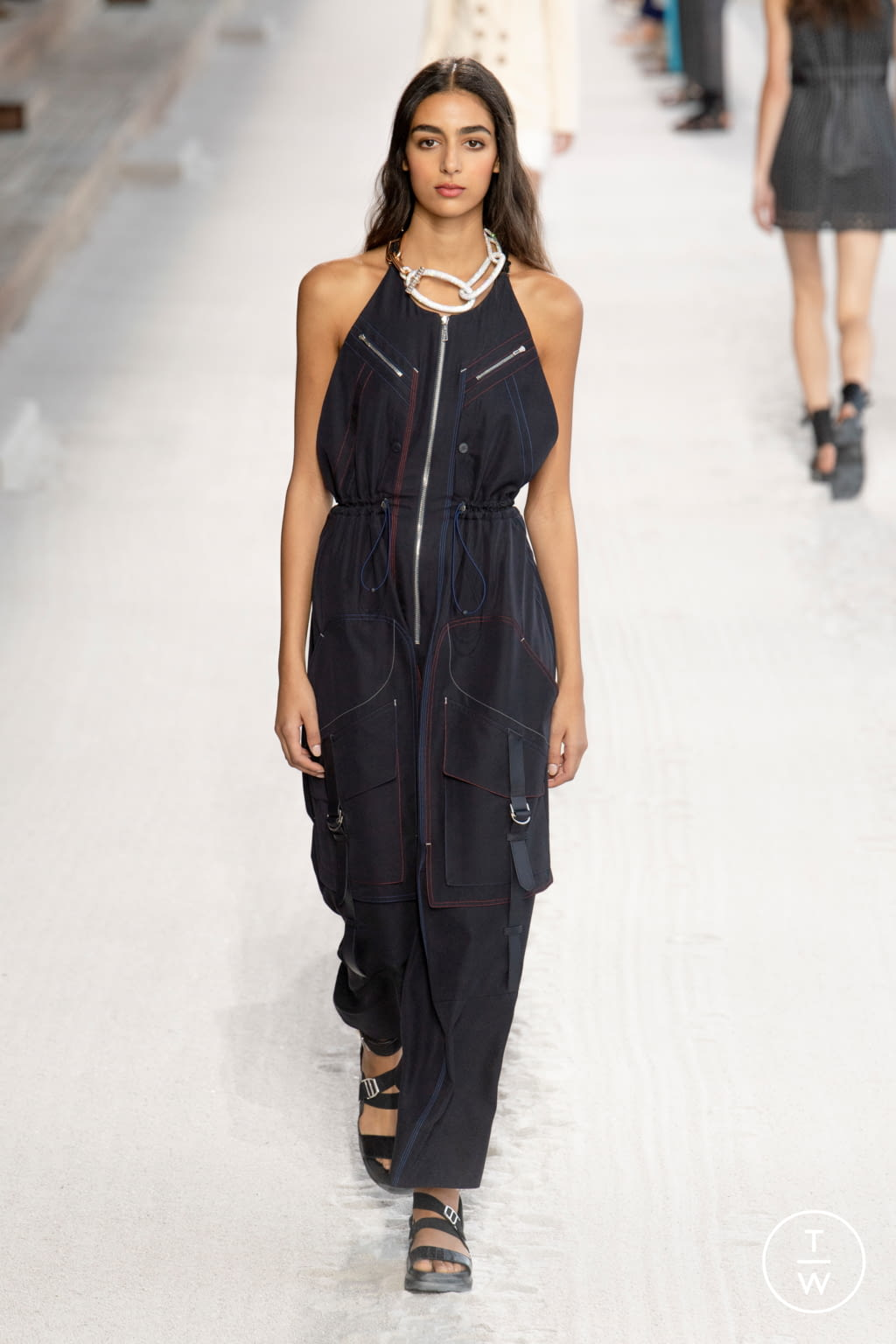 Abiti Da Sera Hermes.Hermes S S19 Womenswear 37 The Fashion Search Engine Tagwalk