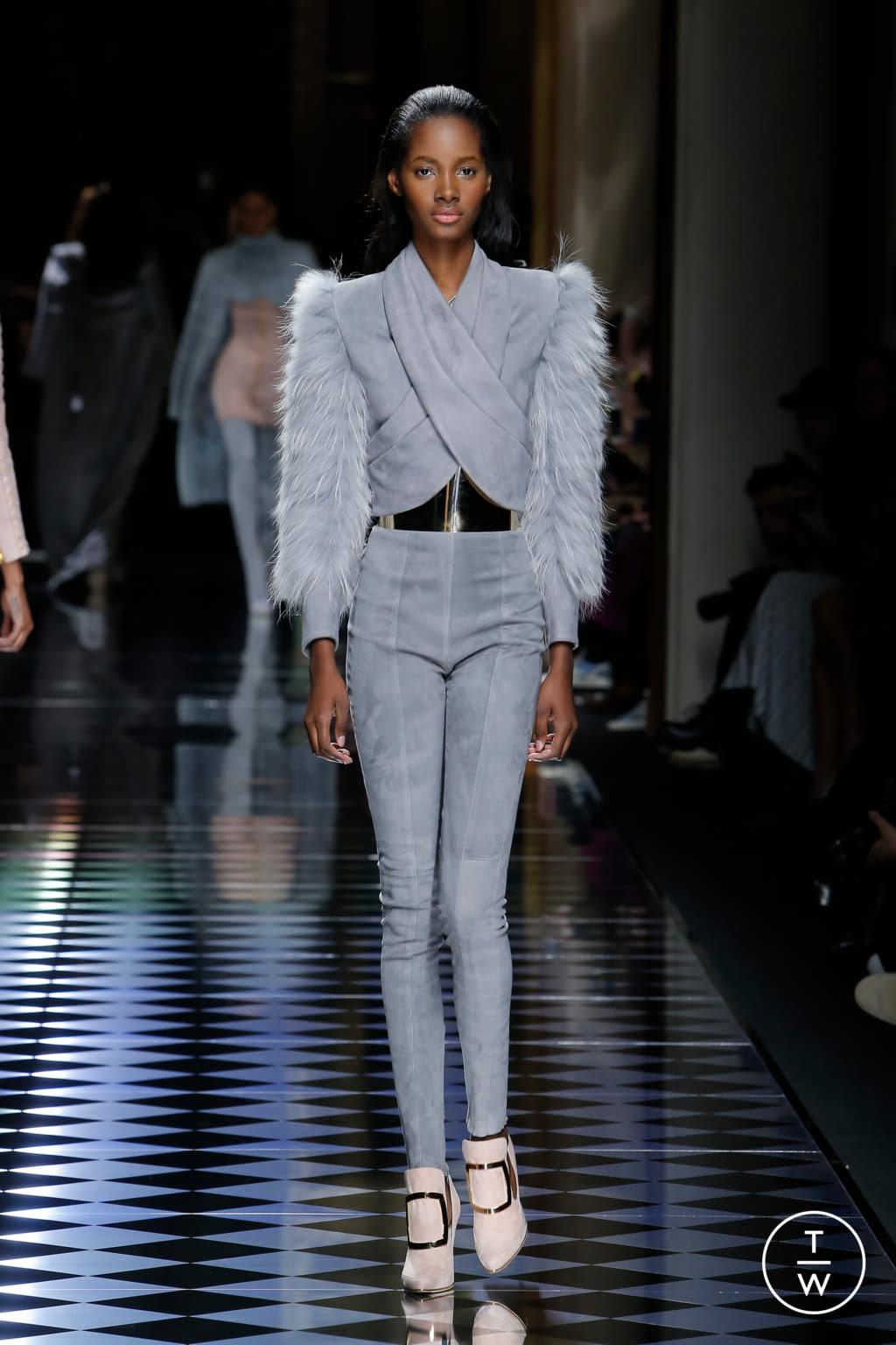 Fashion Week Paris Fall/Winter 2016 look 5 from the Balmain collection womenswear