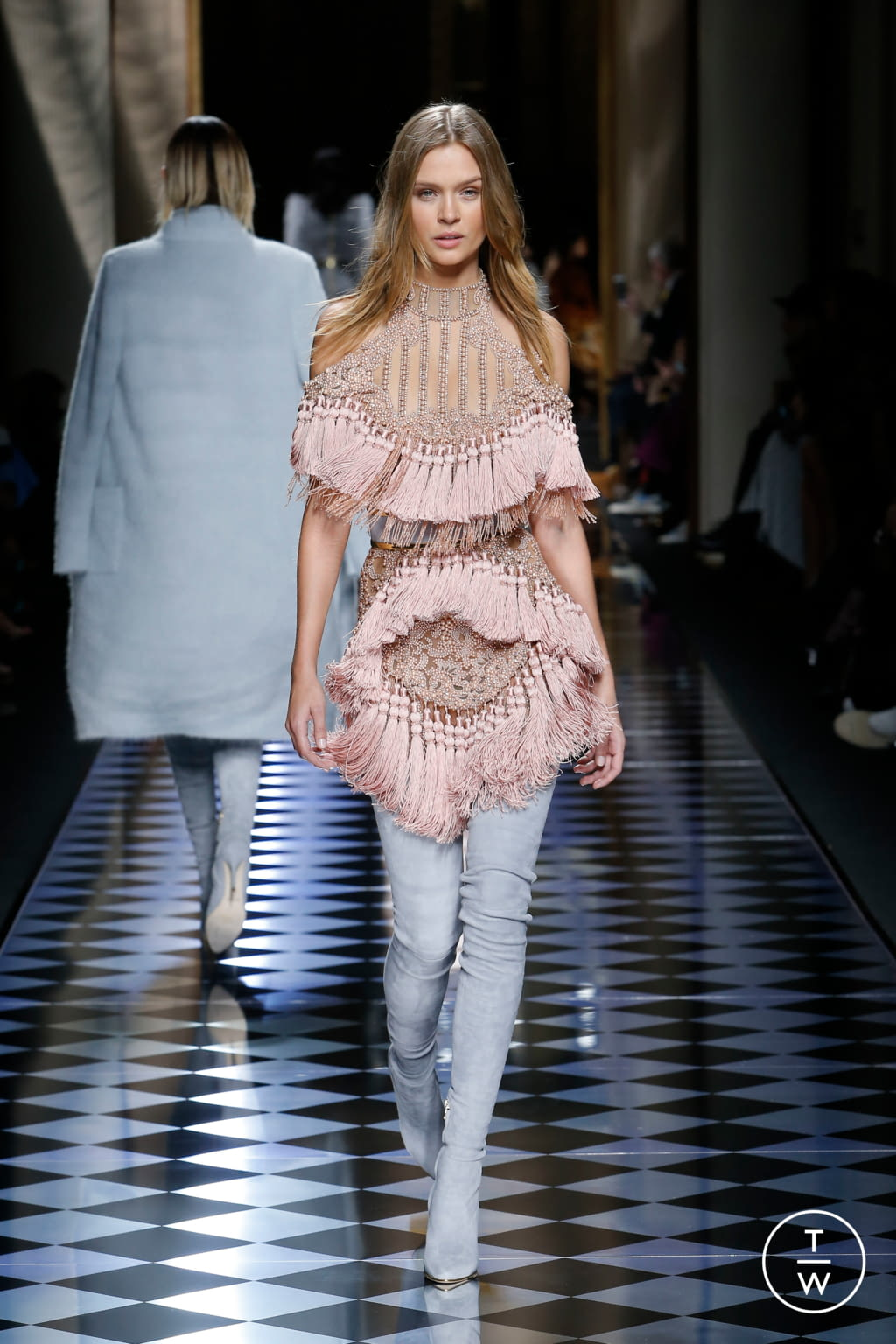 Fashion Week Paris Fall/Winter 2016 look 7 from the Balmain collection womenswear