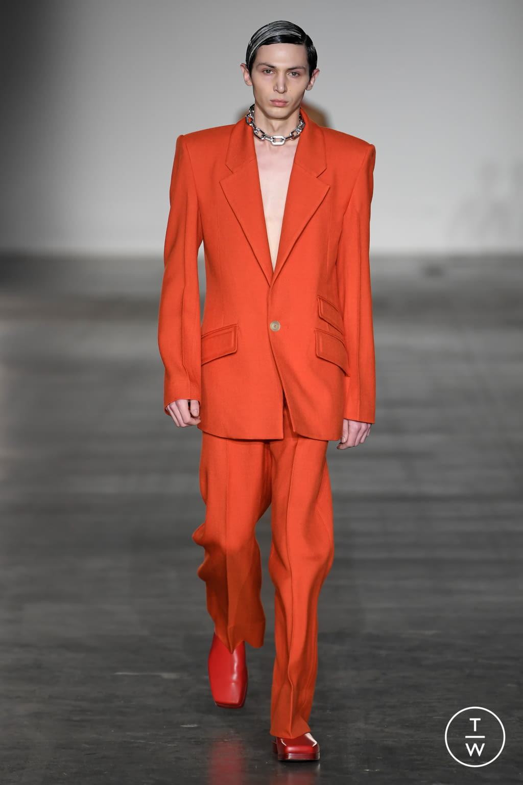 Fashion Week London Fall/Winter 2020 look 13 from the Pronounce collection menswear