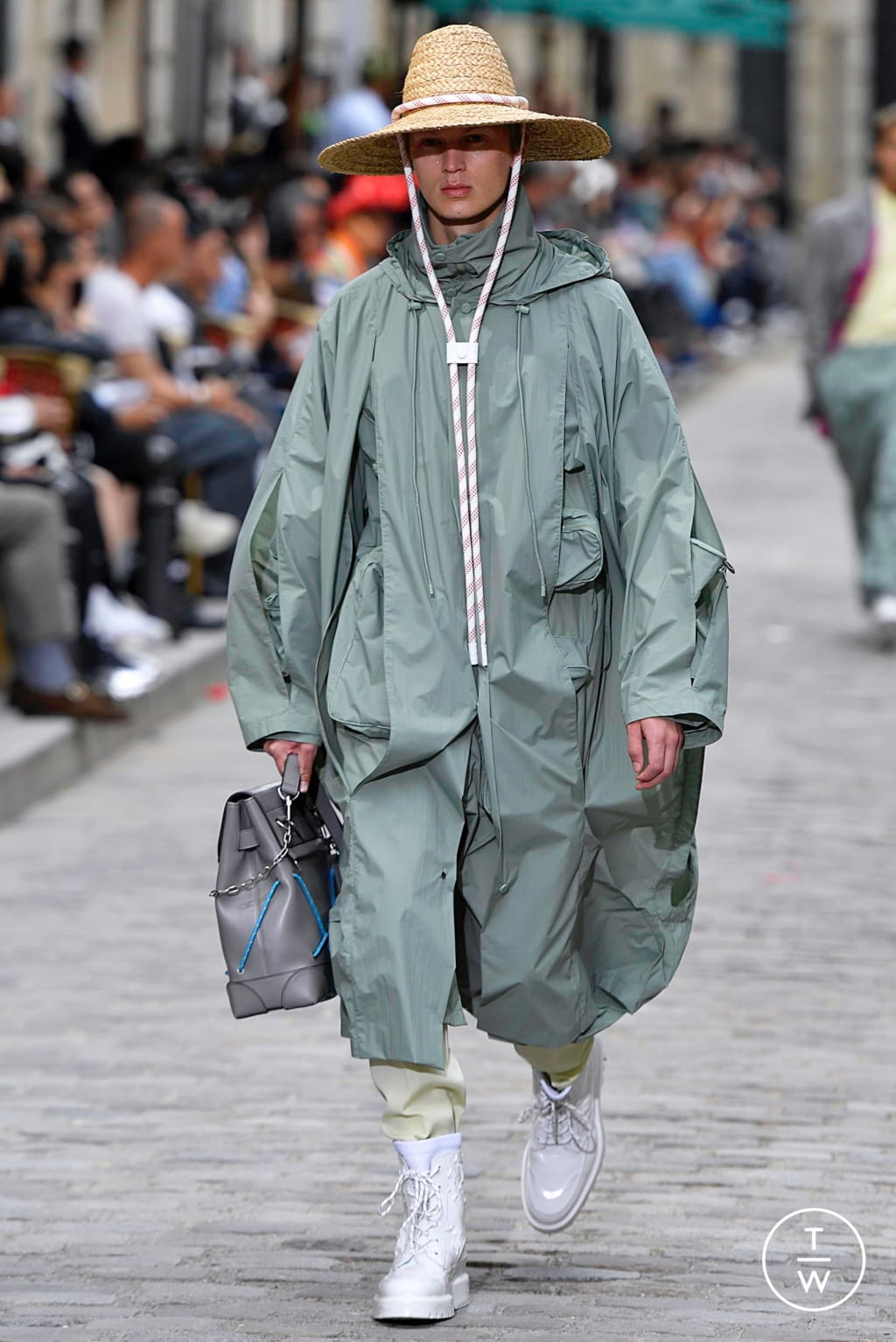 Fashion Week Paris Spring/Summer 2020 look 10 from the Louis Vuitton collection menswear