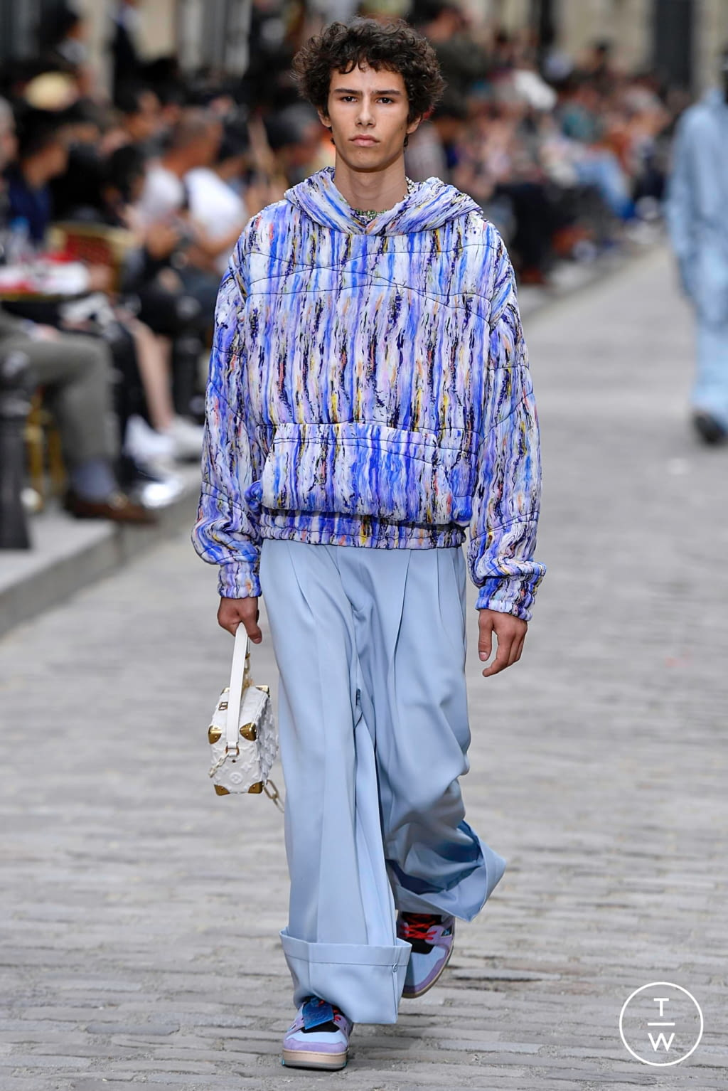 Fashion Week Paris Spring/Summer 2020 look 12 from the Louis Vuitton collection menswear