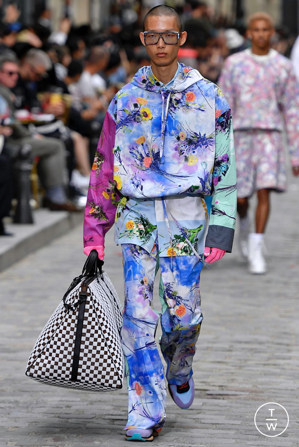 Fashion Week Paris Spring/Summer 2020 look 14 from the Louis Vuitton collection menswear