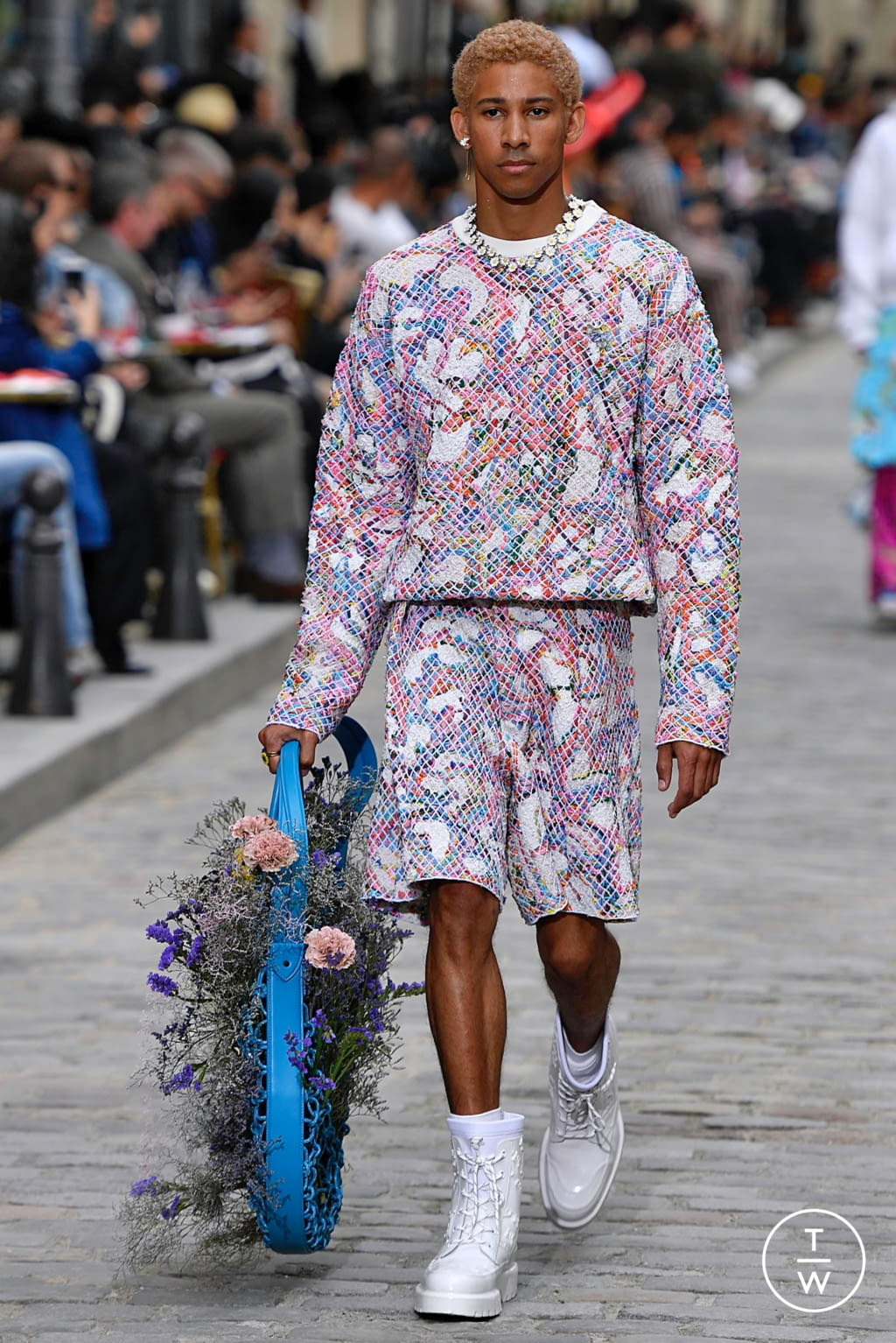 Fashion Week Paris Spring/Summer 2020 look 15 from the Louis Vuitton collection menswear